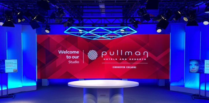 studio-pullman-rood-2